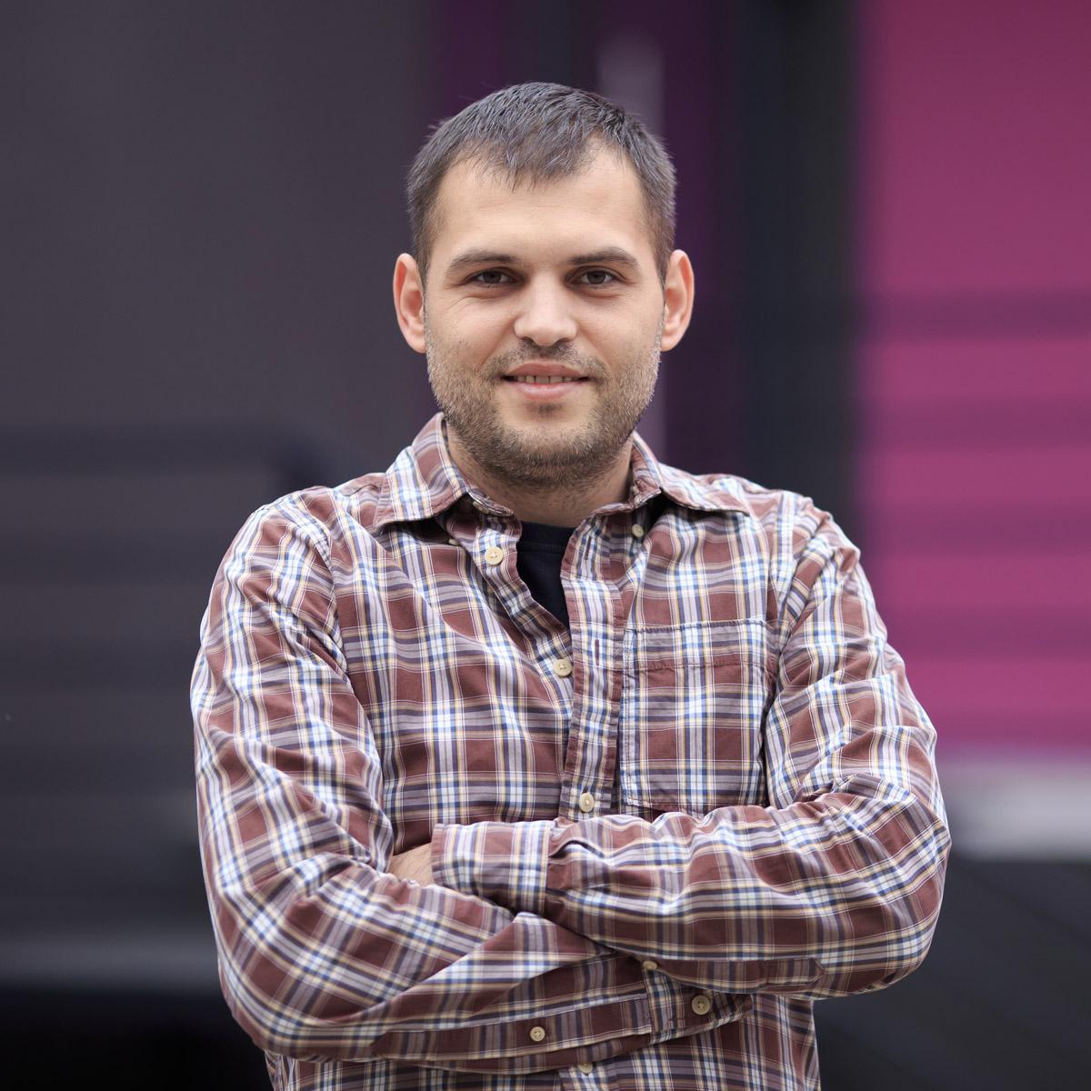 Cnstantin Birsa, Purple Media Team