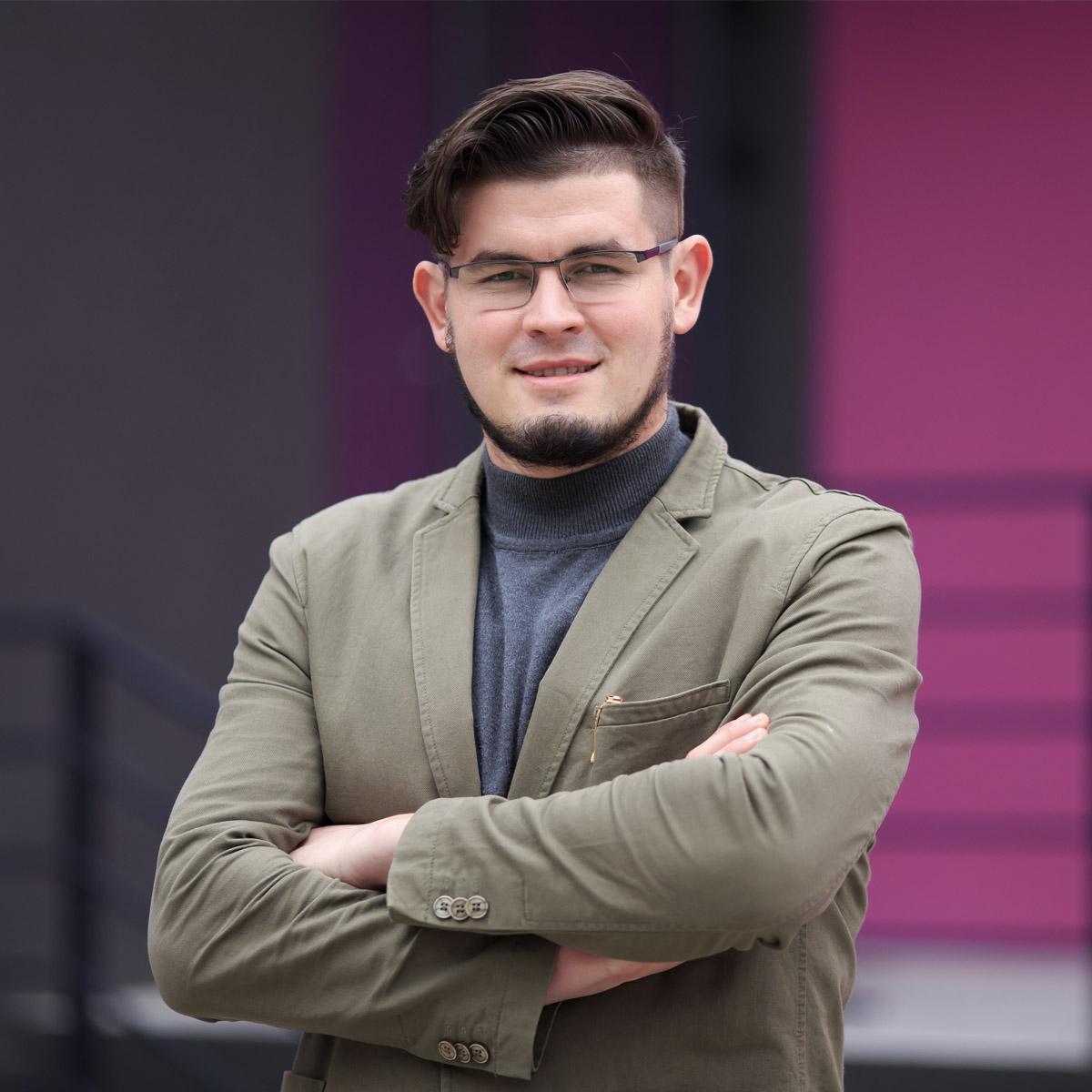 Strechi Igor, Purple Media Team